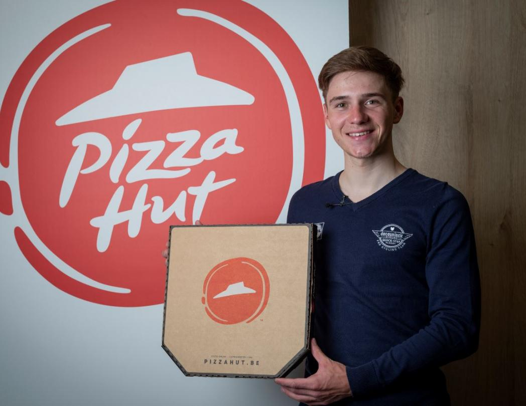 Remco Evenepoel x Pizza hut